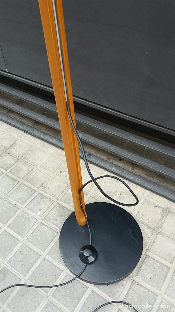 Vintage: Lámpara de pie años 70 madera y metal. Estilo Milà, Santa & Cole, Metalarte, Fase, Tramo.... - Foto 8 - 66183234