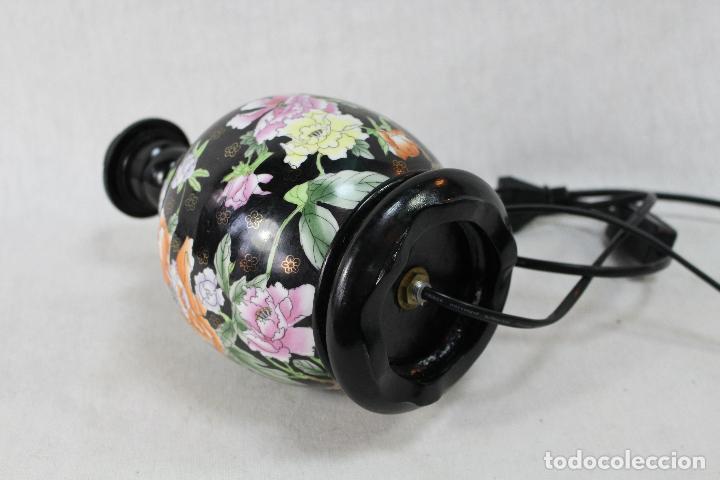 Vintage: lampara de sobremesa en porcelana - Foto 4 - 68003873