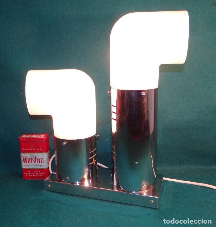 Vintage: LAMPARA CROMADA MESA VINTAGE. DISEÑO 1970. SPACE AGE. FUNCIONAMIENTO. - Foto 4 - 68247869