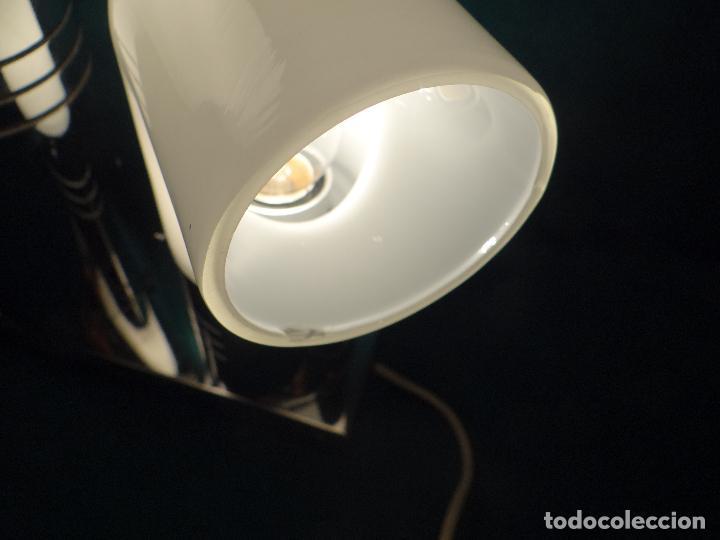 Vintage: LAMPARA CROMADA MESA VINTAGE. DISEÑO 1970. SPACE AGE. FUNCIONAMIENTO. - Foto 18 - 68247869
