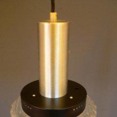 Vintage: LAMPARA TECHO SUSPENSION TIPO RAAK EN ALUMINIO CEPILLADO, METAL LACADO Y CRISTAL - AÑOS 70. Lote 68290617