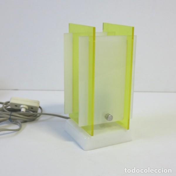 Vintage: Lampara vintage de mesa de plástico y acrílico. 1960 - 1970 (BRD) - Foto 2 - 73340123