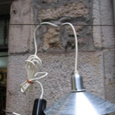Vintage: LAMPARA VINTAGE RETRO - DE TECHO, AÑOS 70'S, PANTALLA CONICA ALUMINIO.+ INFO. Lote 74083563