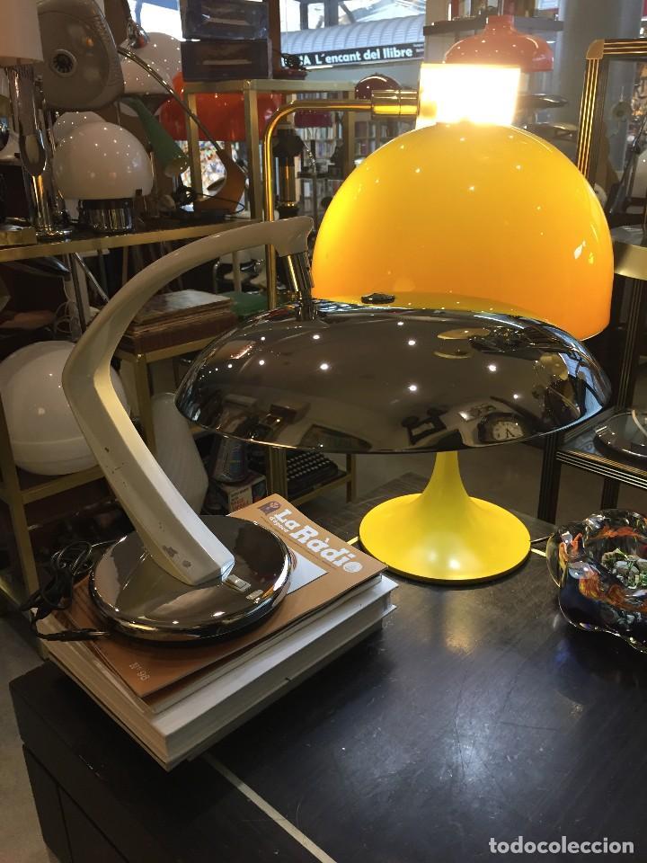 VINTAGE LAMPARA DE MESA FASE MODELO BOOMERANG 64 , AÑOS 60 (Vintage - Lámparas, Apliques, Candelabros y Faroles)