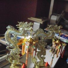 Vintage: LOTE DE DOS LAMPARITAS DE 22 CENTIMETROS DE HONG KONG DE LOS AÑOS 60. Lote 74936063