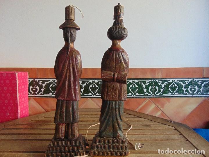 Vintage: PAREJA DE LAMPARAS DE SOBREMESA TALLADAS EN MADERA PERSONAJES ORIENTALES - Foto 13 - 75307135