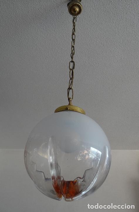 Vintage: LAMPARA VINTAGE. TULIPA GLOBO DE CRISTAL MURANO. FUNCIONAMIENTO. - Foto 2 - 77829361