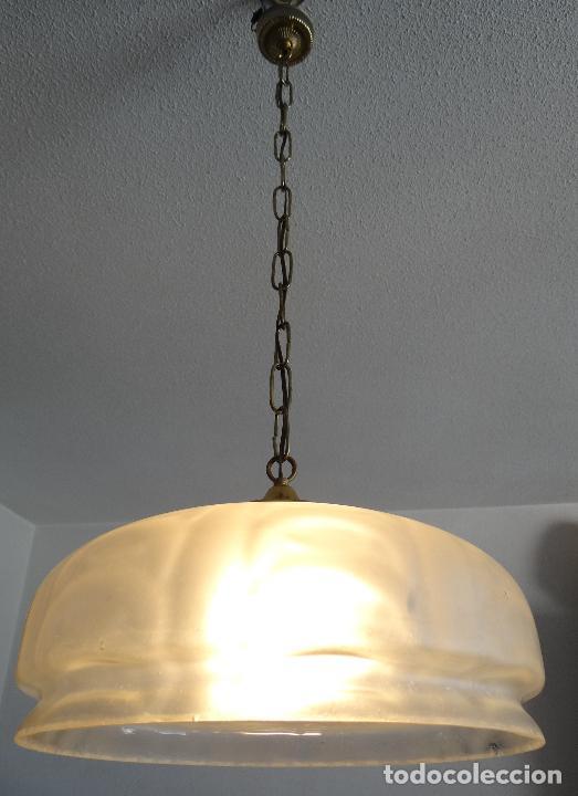 LAMPARA VINTAGE. TULIPA GLOBO CRISTAL ESMERILADO . FUNCIONAMIENTO. (Vintage - Lámparas, Apliques, Candelabros y Faroles)