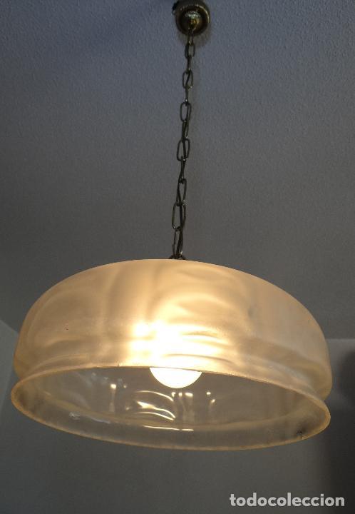 Vintage: LAMPARA VINTAGE. TULIPA GLOBO CRISTAL ESMERILADO . FUNCIONAMIENTO. - Foto 6 - 77902237