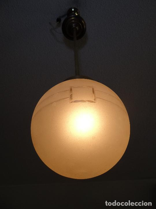 Vintage: LAMPARA DECO VINTAGE. TULIPA GLOBO ESMERILADO. FUNCIONAMIENTO. - Foto 6 - 83738684