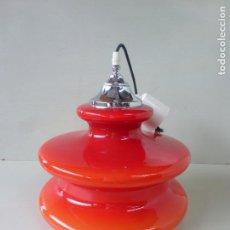 Vintage: LAMPARA DE COLGAR, TULIPA, PAMPOL, EN CRISTAL ROJO Y BLANCO. Lote 84770604