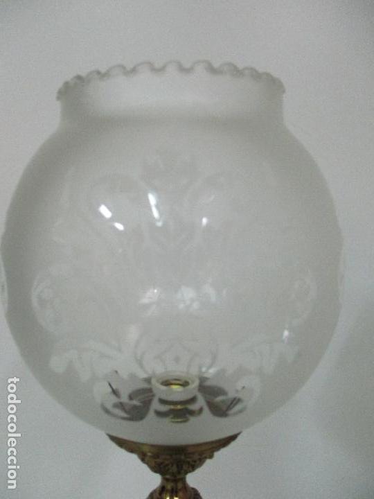 Vintage: Pareja de Lámparas Sobremesa - Lámpara - Bronce, Cincelado -Tulipa de Cristal -51 cm Altura -Años 60 - Foto 8 - 85701076