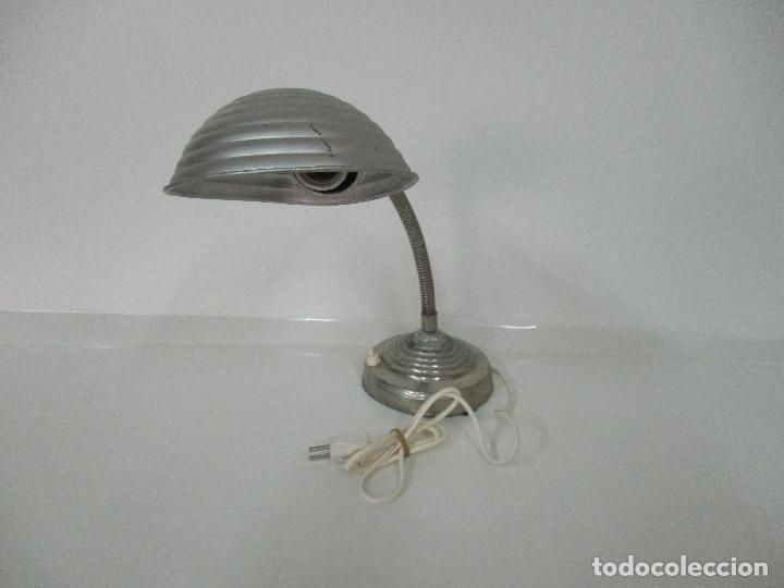 ANTIGUA LÁMPARA SOBREMESA - FLEXO - ALUMINIO - ELECTRIFICADA - FUNCIONA - 46 CM ALTURA - VINTAGE (Vintage - Lámparas, Apliques, Candelabros y Faroles)