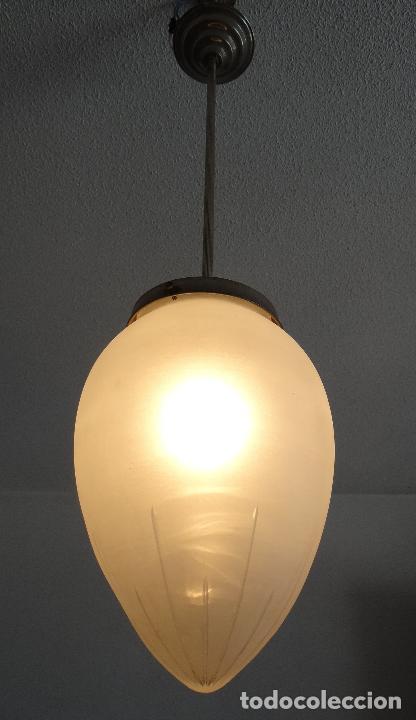 Vintage: LAMPARA VINTAGE. ART DECO.. TULIPA GLOBO ESMERILADO TALLADO. FUNCIONAMIENTO. - Foto 12 - 89250708
