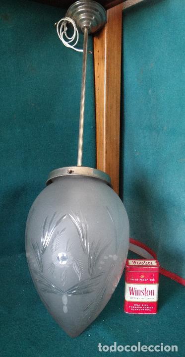 Vintage: LAMPARA VINTAGE. MODERNISTA. DECO. TULIPA GLOBO ESMERILADO TALLADO. FUNCIONAMIENTO. - Foto 3 - 89284084