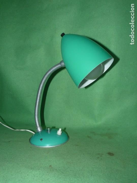 BONITO FLEXO LAMPARA VINTAGE SOBREMESA VERDE REVISADO FUNCIONANDO PERFECTO VINTAGE AÑOS 60 (Vintage - Lámparas, Apliques, Candelabros y Faroles)
