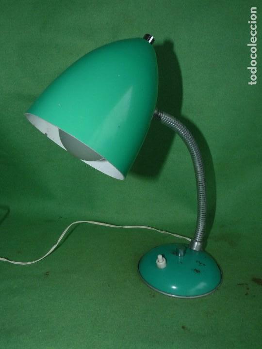 Vintage: BONITO FLEXO LAMPARA VINTAGE SOBREMESA VERDE REVISADO FUNCIONANDO PERFECTO VINTAGE AÑOS 60 - Foto 2 - 93868940