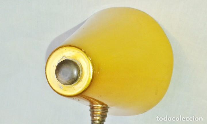 Vintage: Lámpara Vintage tipo flexo orientable, de sobremesa en aluminio anodizado dorado - Foto 4 - 101366827