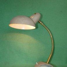 Vintage: BELLA LAMPARA SOBREMESA TIPO KAISER 6840 FRANCIA ORIGINAL AÑOS 50 SPACE AGE MID CENTURY DISEÑO. Lote 102852063