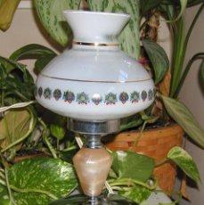 Vintage: ANTIGUA LAMPARA DE MESILLA O SOBREMESA INCLUIDA TULIPA DÉCADA DE LOS 60-70. Lote 103868823