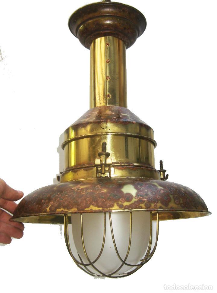 LAMPARA VINTAGE EN LATON DORADO Y CRISTAL NAUTICA MUY DECORATIVA (Vintage - Lámparas, Apliques, Candelabros y Faroles)