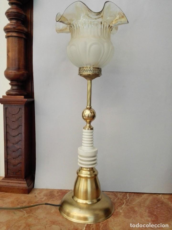 REGALO ESPECIAL. LÁMPARA DE AUTOR 'LINAJE' (Vintage - Lámparas, Apliques, Candelabros y Faroles)