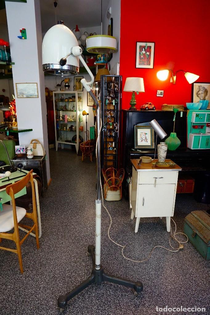 LÁMPARA GRANDE DE PIE CONSULTA MEDICA CLINICA DE LOS AÑOS 50 VINTAGE ANTIGUA HANAU QUIROFANO (Vintage - Lámparas, Apliques, Candelabros y Faroles)