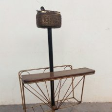 Vintage: ANTIGUO REVISTERO CENICERO EN METAL DORADO VINTAGE AÑOS 60. Lote 107355914