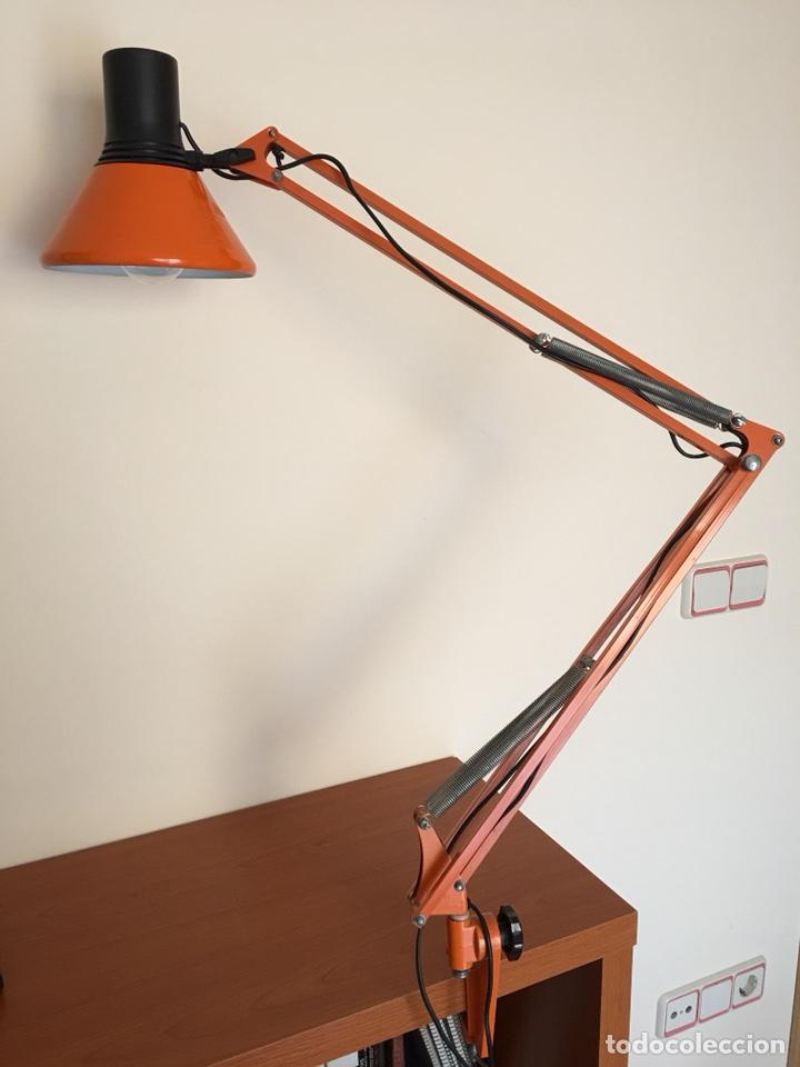 ANTIGUA LAMPARA DE SOBREMESA - ANTIGUO FLEXO FASE - COLOR NARAJA - VINTAGE AÑOS 60-70 (Vintage - Lámparas, Apliques, Candelabros y Faroles)