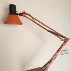 Vintage: ANTIGUA LAMPARA DE SOBREMESA - ANTIGUO FLEXO FASE - COLOR NARAJA - VINTAGE AÑOS 60-70. Lote 109264450