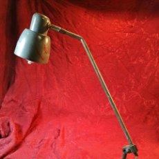 Vintage: LAMPARA APLIQUE ARTICULADA ORIENTABLE FLEXO INDUSTRIAL GRIS ESPAÑA AÑOS 50. Lote 109328635
