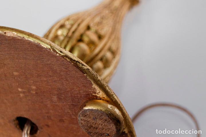 Vintage: Pie de Lámpara de mesa de madera y dorada - Foto 4 - 109630055