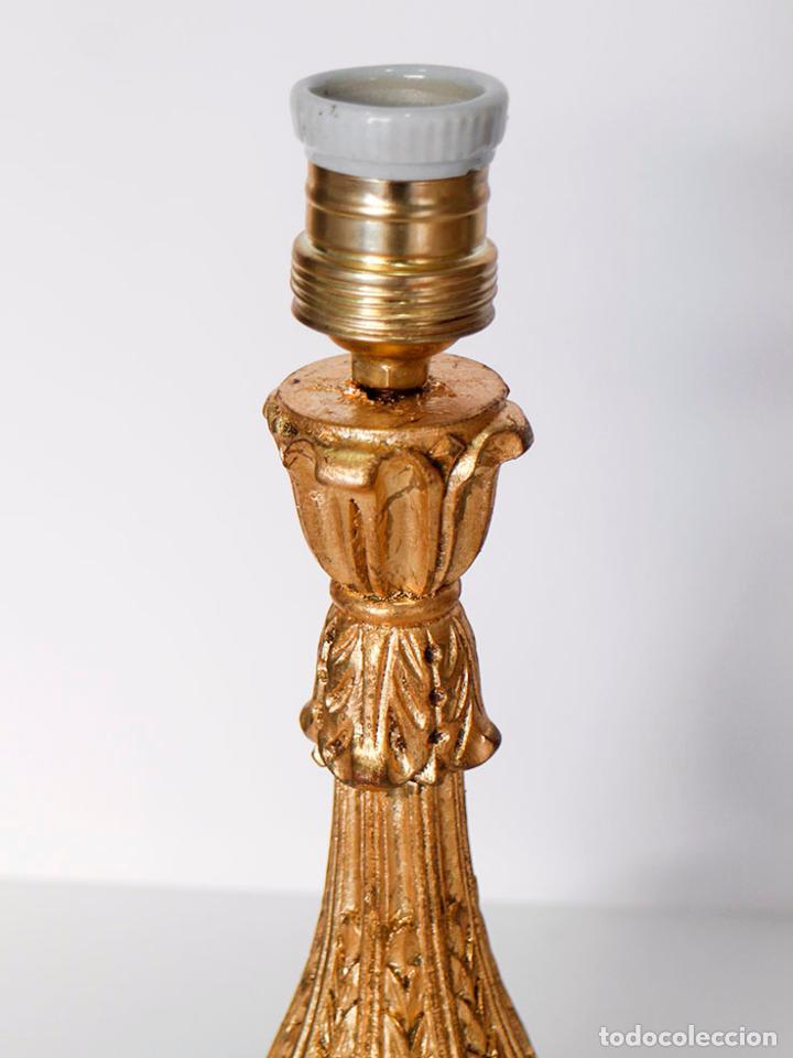 Vintage: Pie de Lámpara de mesa de madera y dorada - Foto 5 - 109630055