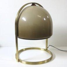 Vintage: LAMPARA VINTAGE DE MESA. 1960 - 1970. Lote 110104679