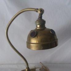 Vintage: ANTIGUA LAMPARA ARCO MODERNISTA DE LATON Y CRISTAL ORIGINAL DE EPOCA ART DECO ESTILO NAVAL DE BARCO. Lote 110131924