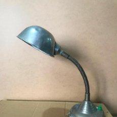 Vintage: ANTIGUA LAMPARA FLEXO INDUSTRIAL TIPO BAUHAUS. Lote 110935071