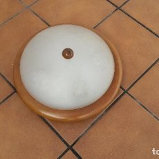 Vintage: PLAFON TECHO CRISTAL CON MARCO MADERA. Lote 112562879