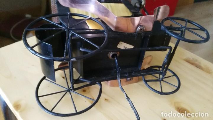 Vintage: diligencia- carruaje - lampara -iluminada a corriente - Foto 8 - 114701211