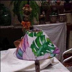 Vintage: LAMPARA DE MESA CON PANTALLA MUY MODERNA. Lote 105644491