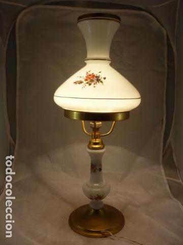 PRECIOSA LAMPARA OPALINA Y LATON - 49CM - AÑOS 50 (Vintage - Lámparas, Apliques, Candelabros y Faroles)