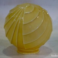 Vintage: TULIPA GLOBO ANTIGUO VINTAGE MODERNISTA ART DECO OPALINA LAMPARA. Lote 117833767