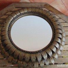 Vintage: LAMPARA DOBLE DE TECHO TIPO SOL CON DOBLE CIRCUNFERENCIA CON HOJAS DORADAS. Lote 118133719