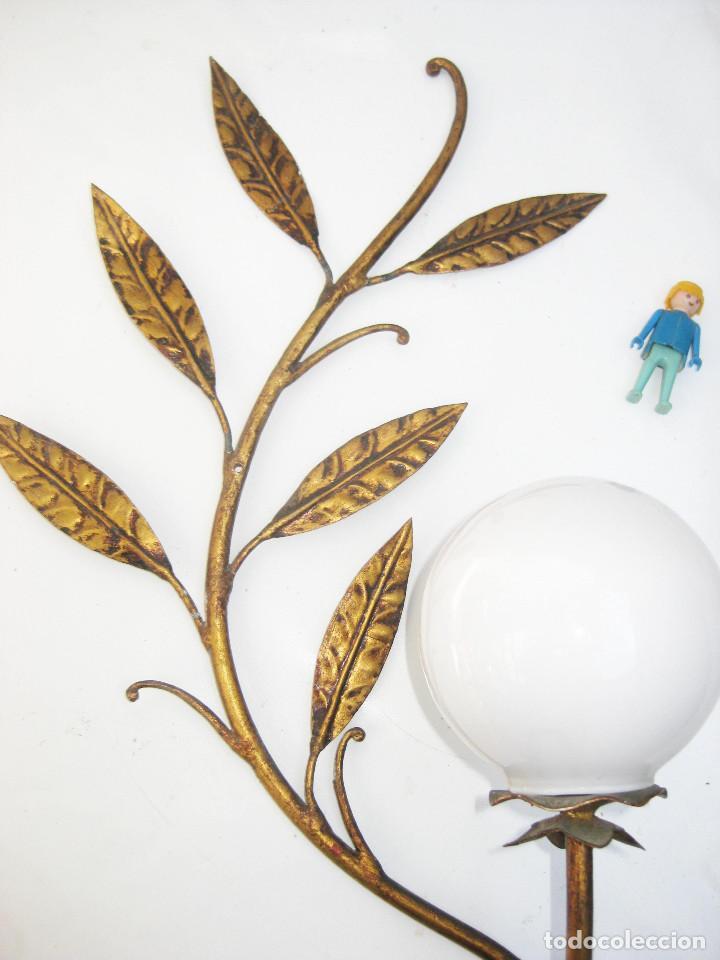 LAMPARA APLIQUE VINTAGE METAL DORADO TIPO FERRO ART PAN DE ORO TIPO SOL (Vintage - Lámparas, Apliques, Candelabros y Faroles)