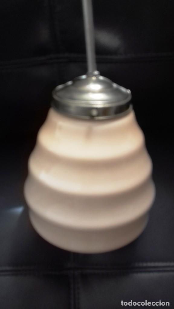 Vintage: Lámpara de techo de opalina rosa. Original vintage años 60/70. - Foto 15 - 118671299