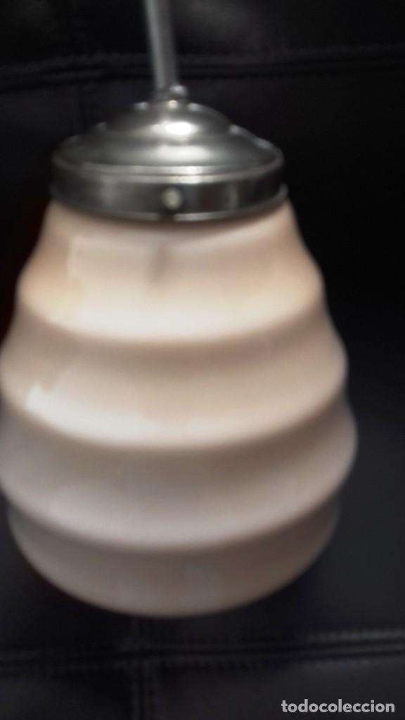 Vintage: Lámpara de techo de opalina rosa. Original vintage años 60/70. - Foto 17 - 118671299