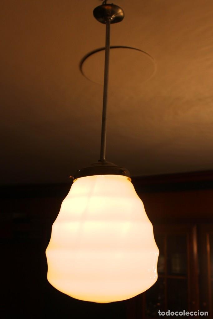 Vintage: Lámpara de techo de opalina rosa. Original vintage años 60/70. - Foto 21 - 118671299