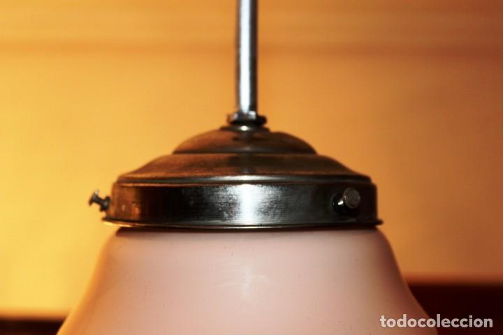 Vintage: Lámpara de techo de opalina rosa. Original vintage años 60/70. - Foto 27 - 118671299