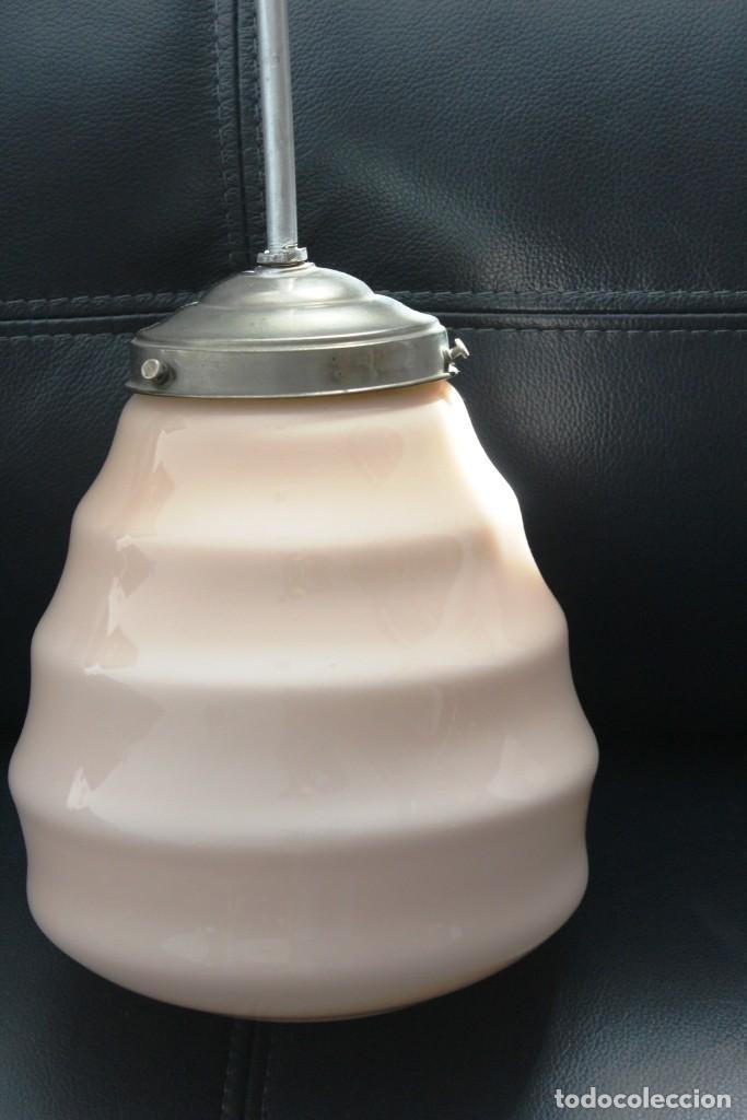Vintage: Lámpara de techo de opalina rosa. Original vintage años 60/70. - Foto 36 - 118671299