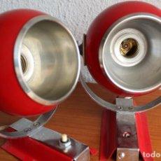 Vintage: FOCOS APLIQUES FASE EYEBALL ORIENTABLES SPACE AGE EN ROJO CROMO RETRO VINTAGE. Lote 120111007