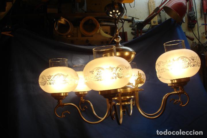GRAN LÁMPARA PLATEADA CON 6 TULIPAS DE CRISTAL - VINTAGE AÑOS 70/80 - FUNCIONA (Vintage - Lámparas, Apliques, Candelabros y Faroles)